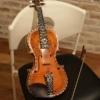ノルウェーの民俗楽器、ハーディングフェーレとは?